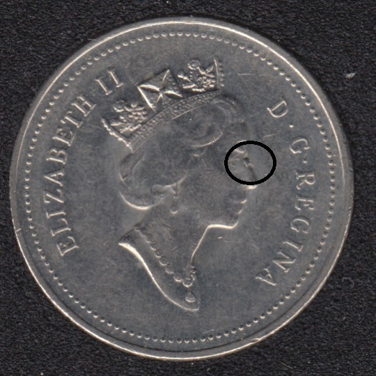1998 - Dot on Queen nose - Canada 5 Cents