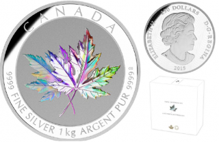 2015 - $250 - One-Kilogram Fine Silver Hologram Coin - Maple Leaf Forever