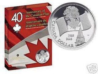 2005 Canada $1 Flag - Fine Silver Dollar & CD Rom  - TAX Exempt