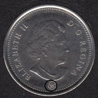 2013 - Dot sur le Logo - Canada 5 Cents